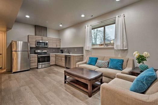 Picture 4 of 4 bedroom Flat in Kirkland