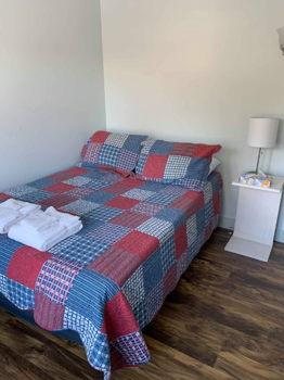 Picture 2 of 1 bedroom Apartment in Goshen