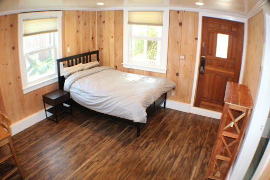 Picture 1 of 1 bedroom Guest house in Redwood City