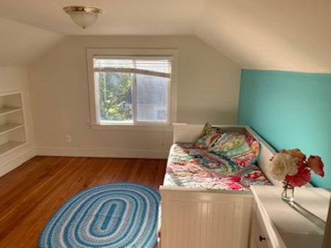 Picture 2 of 1 bedroom House in Sunnyvale