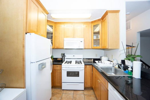 Picture 8 of 7 bedroom House in Berkeley