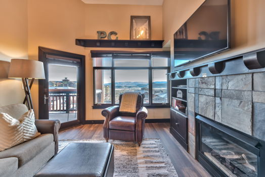 Picture 2 of 3 bedroom Condo in Park City