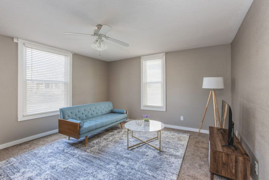 Picture 3 of 1 bedroom Apartment in Springfield