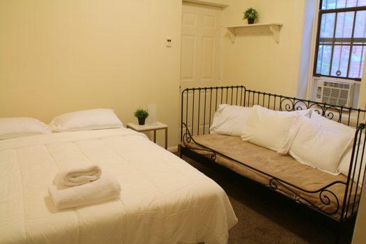 Picture 1 of 3 bedroom House in Philadelphia
