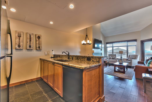 Picture 9 of 3 bedroom Condo in Park City