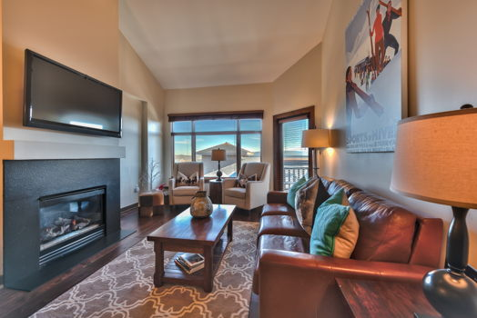 Picture 1 of 3 bedroom Condo in Park City