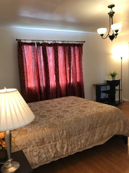 Picture 2 of 3 bedroom House in San Bruno