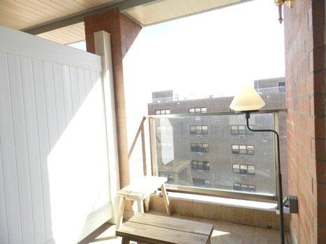 Picture 13 of 3 bedroom Condo in Queens