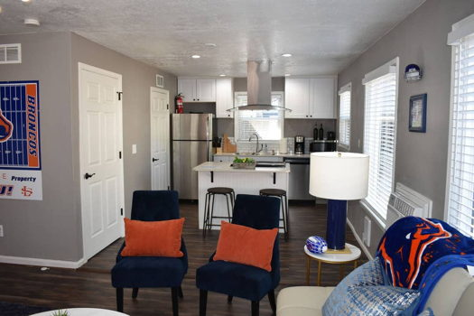 Picture 4 of 2 bedroom House in Boise