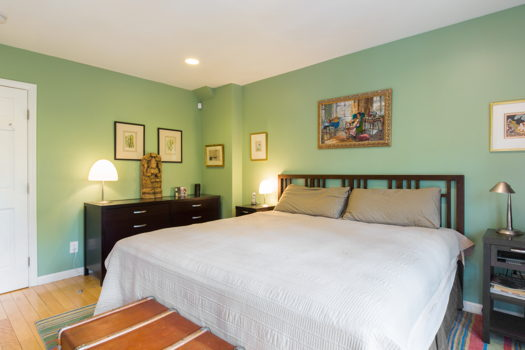 Picture 2 of 5 bedroom Townhouse in Brooklyn