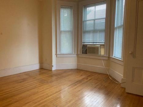 Picture 8 of 4 bedroom Apartment in Cambridge