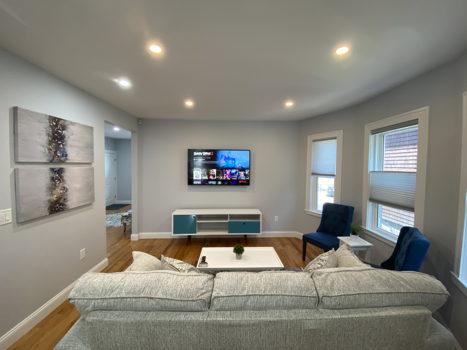 Picture 3 of 3 bedroom Condo in Boston