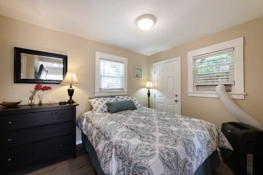 Picture 4 of 1 bedroom Guest house in Long Beach