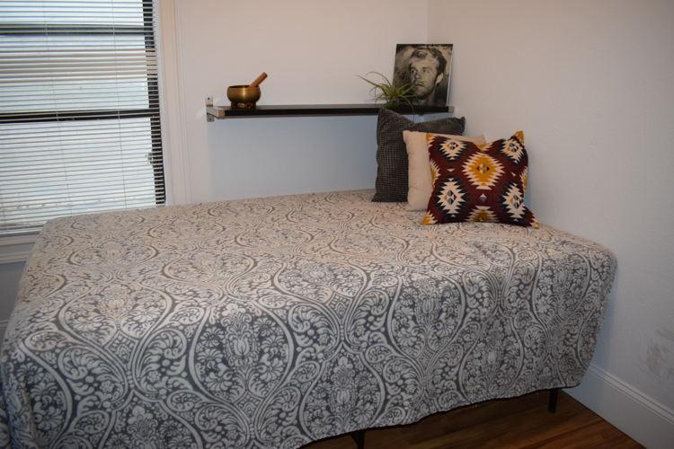 Bedroom 4srswa photo thumbnail