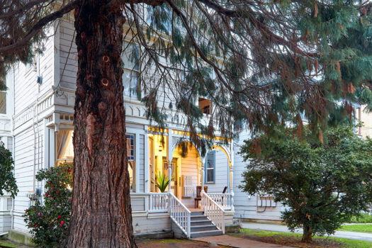 Picture 25 of 4 bedroom House in Berkeley