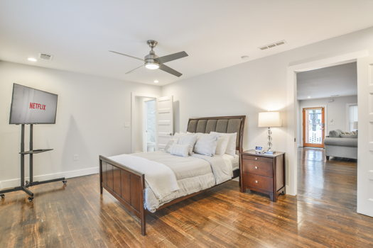 Picture 7 of 6 bedroom House in Atlanta