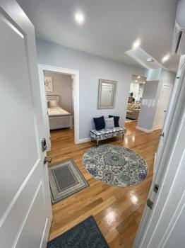 Picture 1 of 3 bedroom Condo in Boston