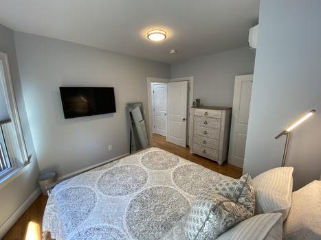 Picture 6 of 3 bedroom Condo in Boston
