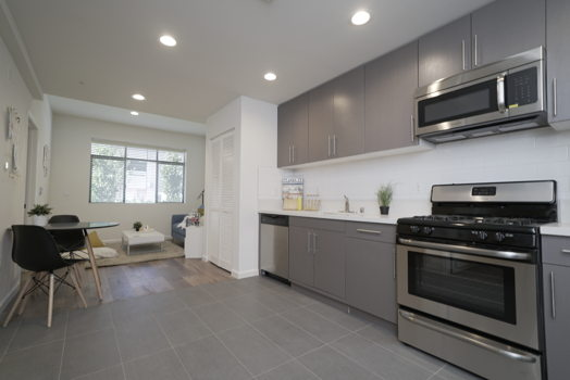 Picture 3 of 2 bedroom Apartment in Los Angeles