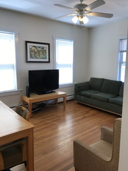 Picture 2 of 3 bedroom Apartment in Cambridge