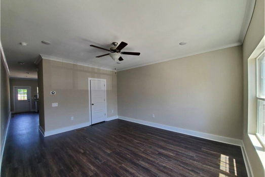 Picture 2 of 3 bedroom Townhouse in Atlanta