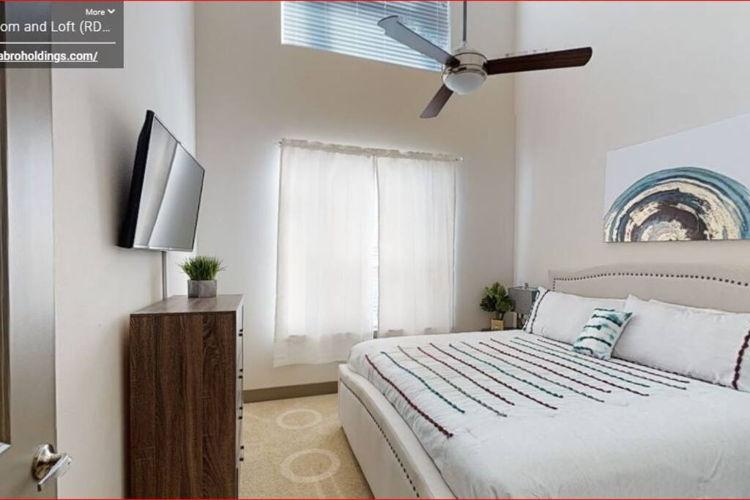 Bedroom 337v2u photo thumbnail