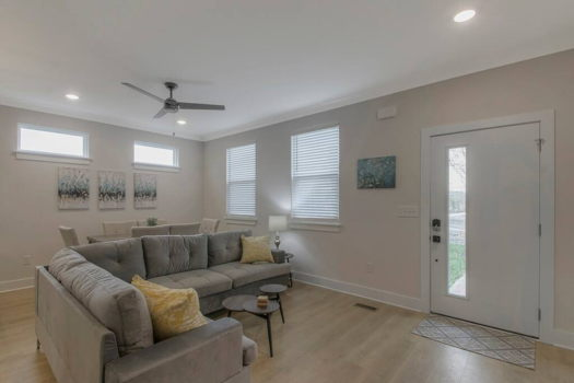 Picture 2 of 3 bedroom Townhouse in Nashville