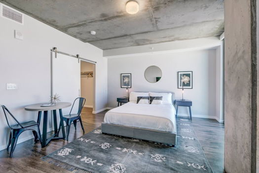 Picture 9 of 1 bedroom Apartment in Denver