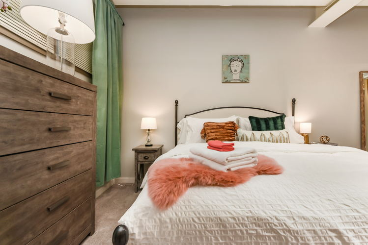 Bedroom 0bu301 photo thumbnail