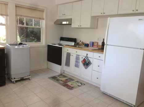 Picture 1 of 1 bedroom Apartment in Oakland