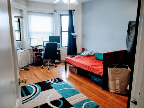 Picture 1 of 3 bedroom Apartment in Boston
