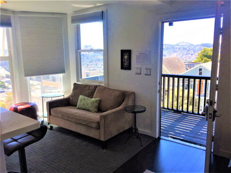 Picture 1 of 4 bedroom Flat in San Francisco