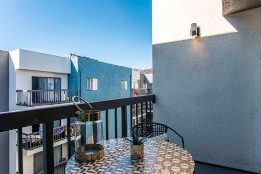 Picture 31 of 2 bedroom Apartment in Los Angeles