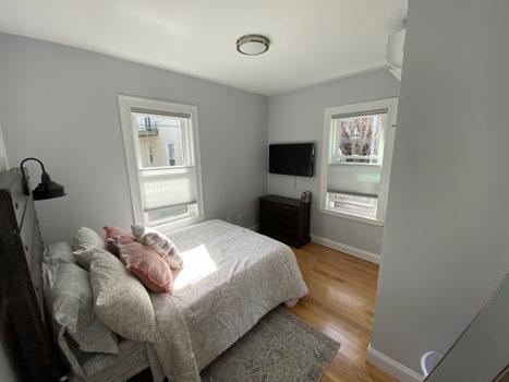 Picture 11 of 3 bedroom Condo in Boston