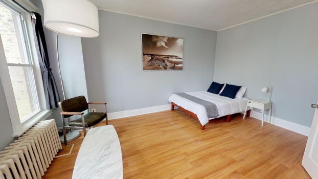 Picture 5 of 4 bedroom Apartment in Jersey City