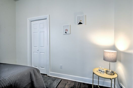 Picture 4 of 2 bedroom Apartment in Seattle