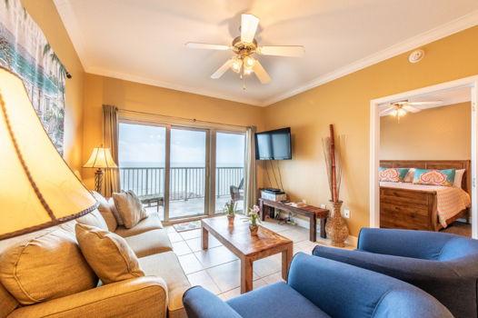 Picture 1 of 2 bedroom Condo in Gulf Shores