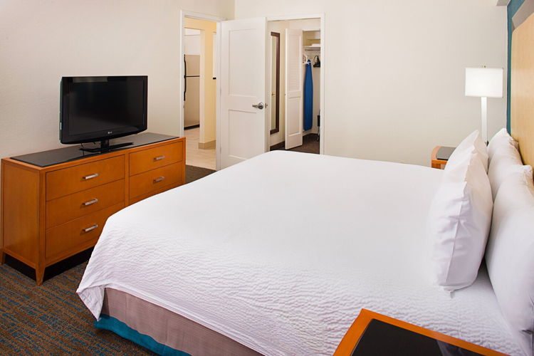 Bedroom 0074pr photo thumbnail