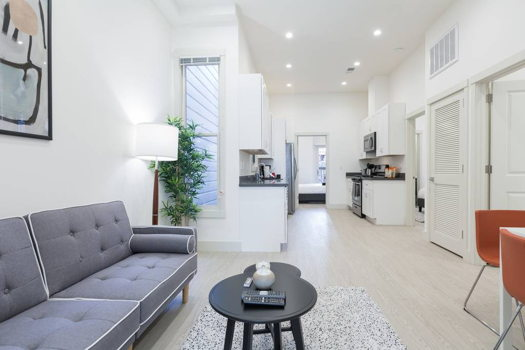 Picture 2 of 4 bedroom House in San Francisco