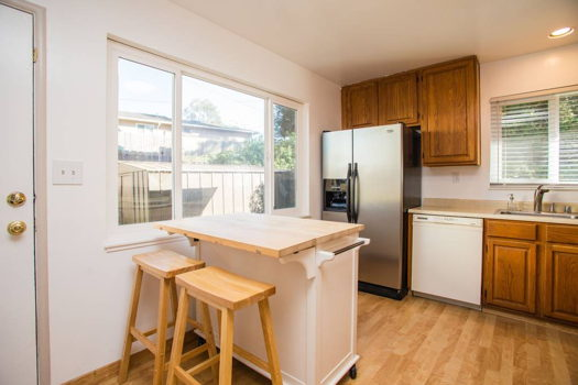 Picture 18 of 4 bedroom House in San Bruno