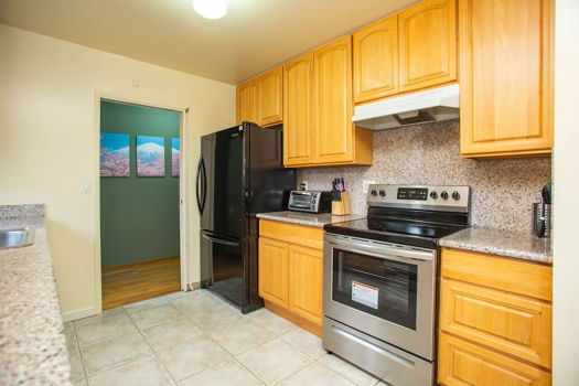 Picture 21 of 4 bedroom House in San Bruno