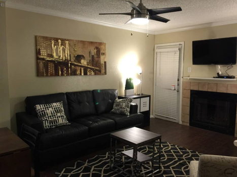 Picture 2 of 1 bedroom Condo in Irving