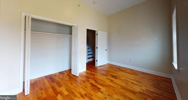 Picture 3 of 5 bedroom Apartment in Philadelphia