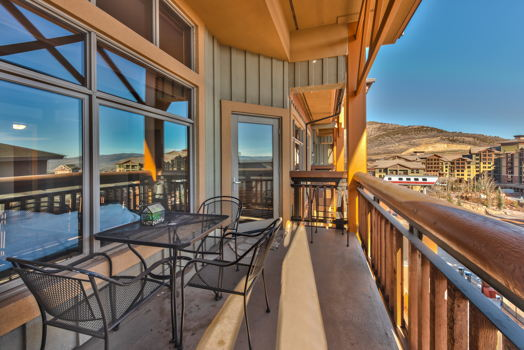Picture 11 of 3 bedroom Condo in Park City
