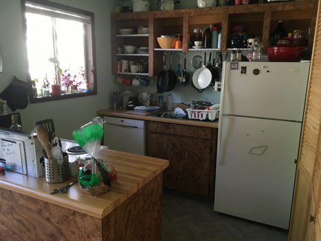 Picture 4 of 2 bedroom House in Portland