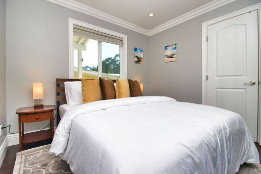Picture 13 of 4 bedroom House in San Bruno