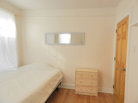 Picture 43 of 3 bedroom Apartment in Queens