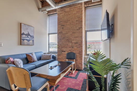 Picture 3 of 2 bedroom Apartment in Chicago