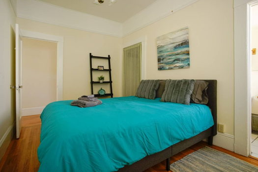 Picture 5 of 2 bedroom House in San Francisco