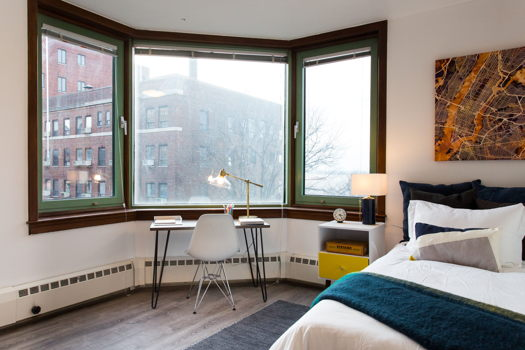Picture 2 of 2 bedroom Apartment in Brooklyn